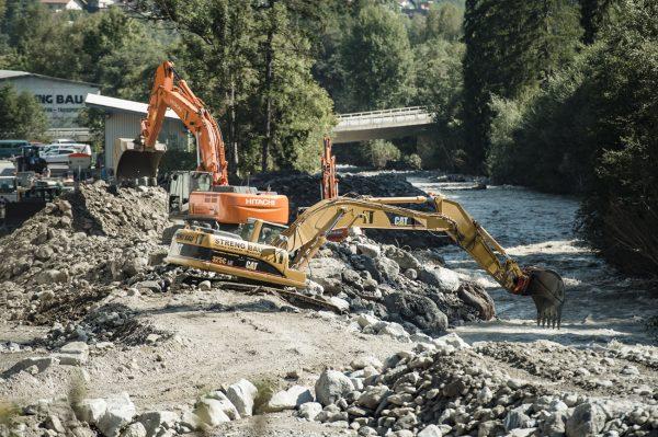 Aufräumungsarbeiten nach den Murenabgängen im Bezirk Landeck. Fotos: Land Tirol/Berger