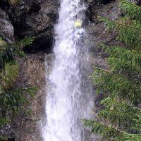 Dusche in der vollen Hose (A4) – Foto Wildwassersport Lechtal – Fun Rafting