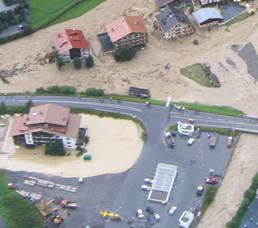 C5 beim Hochwasser in Ischgl